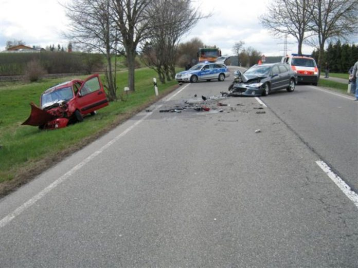 Unfall, Löffingen, B31, 18.4.2012, news