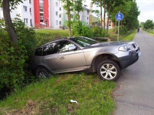 Freiburg, Weinfest, St Georgen, BMW, Polizeibericht, 15.5.2012,