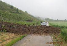 erdrutsch bei denzlingen, polizeibericht waldkirch vom 2.6.2013 folgen von Starkregen
