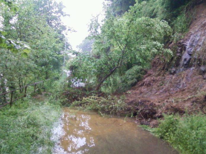 Max Barth-Weg, radweg zwischen waldkirch und kollnau nach erdrutsch gesperrt