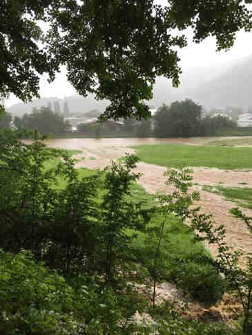 hochwasser nach unwetter kollnau elztal waldkirch